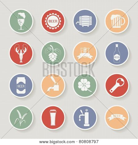 Round beer icons set. Vector illustration