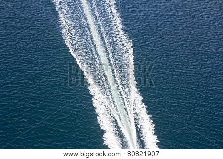 Speed Boats Trace
