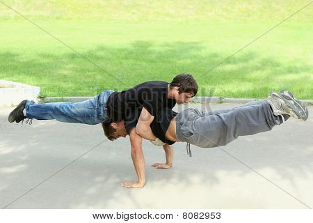 Pushups Together