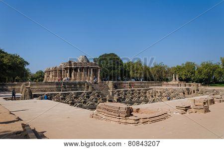 Sun Temple Modhera With Stepwell In Ahmedabad