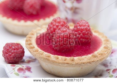 Tartlet Of Shortcrust Pastry    With Raspberry Jelly And Raspberry.