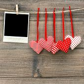 picture of polaroid  - Instant polaroid photo frame and red hearts - JPG