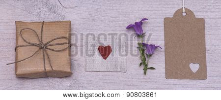 Present, Heart And Flower