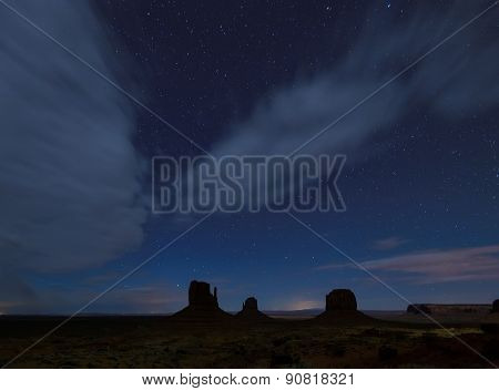 Bright stars above Monument Valley