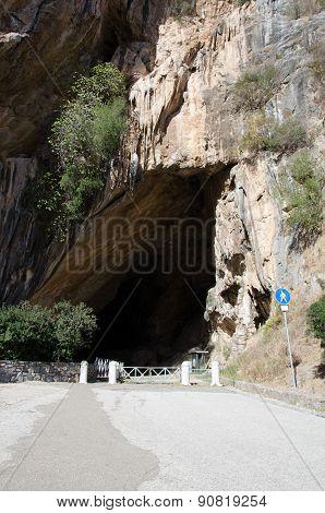 Domusnovas, Grotta di San Giovanni