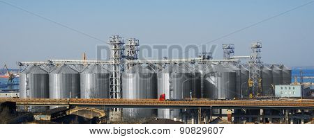 Big silos in a dock