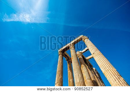 Corinthian columns of Zeus temple in Greece