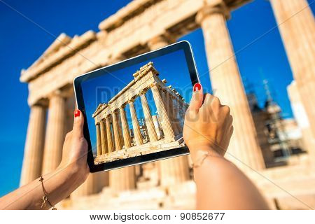 Photographing Parthenon temple in Acropolis