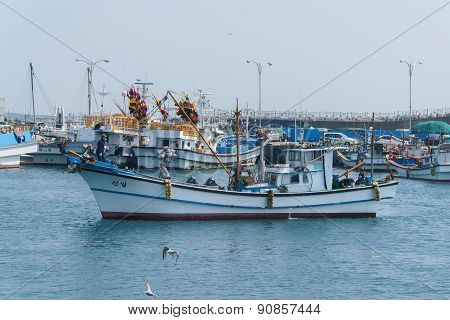 Jeju-do, Korea - April 10, 2015: Fishing Boat At The Moseulpo Port