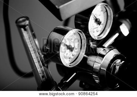 Pressure Gauge In The Industry