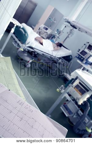 Clock Monitoring Of Patients In Intensive Care Concept