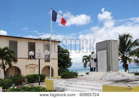 War Memorial Of  Port Louis In Guadeloupe