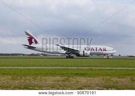 Amsterdam Airport Schiphol - Boeing 777 Of Qatar Airways Cargo Lands