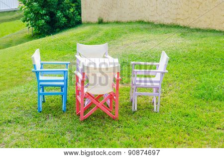 Table and chairs in a beautiful park