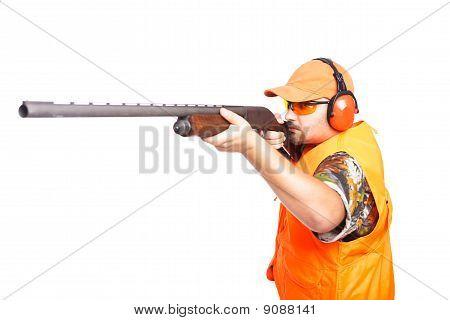 Hunter Aiming Pump Action Shotgun