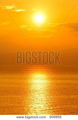 Sonne im Westen
