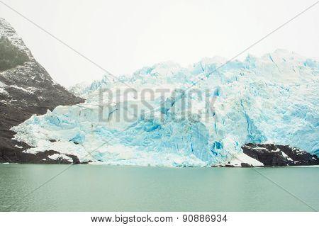 Iceberg In Lago Argentina