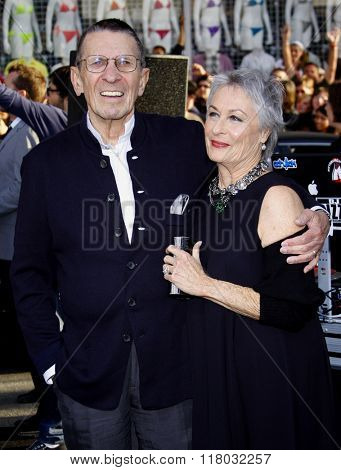 Leonard Nimoy ans Susan Bay at the Los Angeles Premiere of