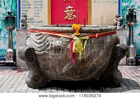 Big incense burner for incense on ground