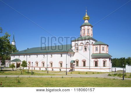 Refectory and Church of the Epiphany of the Valday Iversky monastery