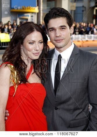 Lynn Collins and Steven Strait at the Los Angeles Premiere of