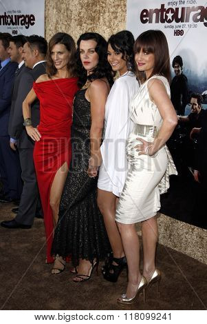 Perrey Reeves, Debi Mazar, Emmanuelle Chriqui and Carla Gugino at the Season 7 Premiere of