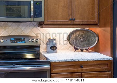Decorations On Granite Countertop