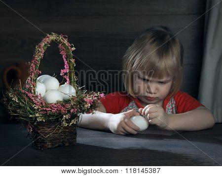 Child and chicken egg