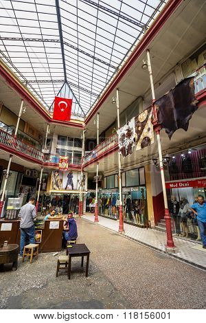 Shop In Hall Of The Grand Bazaar In Istanbul