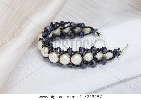 Handmade Bracelet With Large Pearls