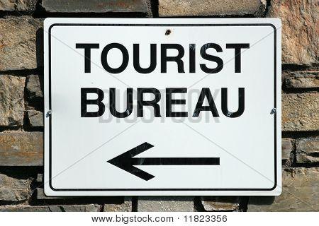 Signo de oficina de Turismo