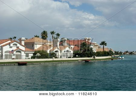 Mansions by the lake