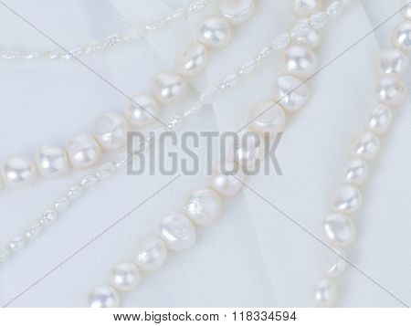 Natural Pearl Necklace Of White Pearls