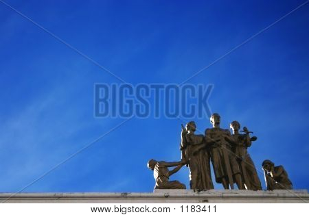 Statues And Blues
