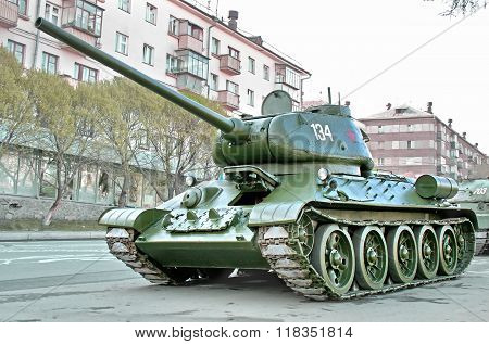 CHELYABINSK, RUSSIA - MAY 9: Legendary soviet medium tank T-34 exhibited at the annual Victory Parade on May 9, 2009 in Chelyabinsk, Russia.
