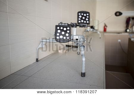 Mirror Reflector for balancing wheels