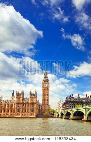 Big Ben at autumn in London, UK