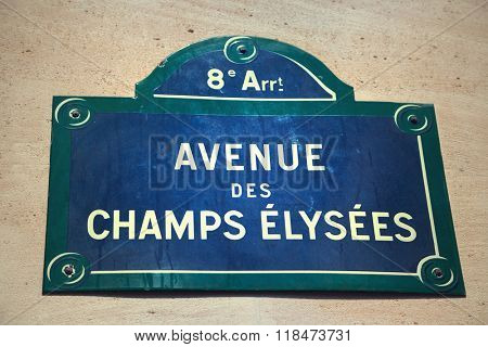 Avenue des Champs-Elysees street sign
