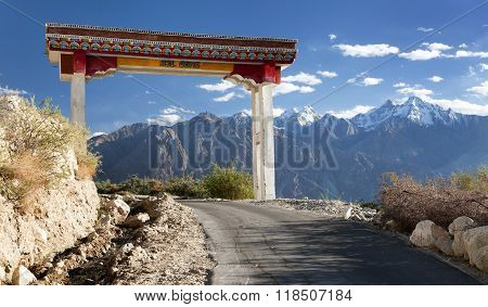 Nubra Valley And Samstanling Monastery