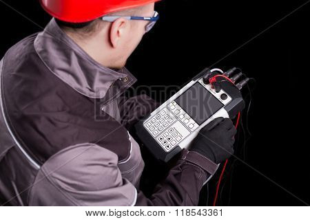 Test devices for electric power systems.Engineers with experience in power electronics technology