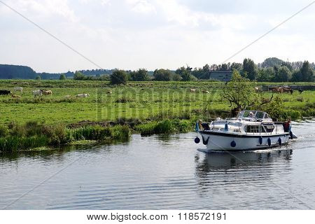 Boating In The Cambridgeshire Fens