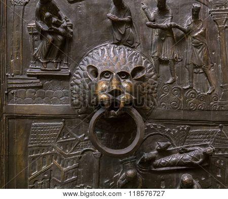 Antique lion's head doorknocker