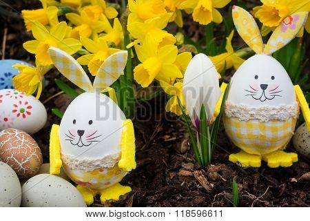 Easter Eggs, Easter Bunnies, Daffodils