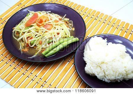 Thai Som Tum / Papaya Salad / Papaya Pok Pok with sticky rice