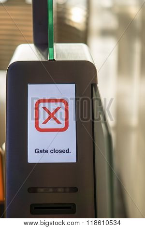 Airport closed gate display showing