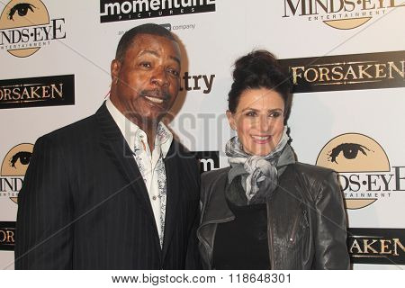 LOS ANGELES - FEB 16:  Carl Weathers, Christine Kludjian at the Forsaken Los Angeles Special Screening at the Autry Museum of the American West on February 16, 2016 in Los Angeles, CA