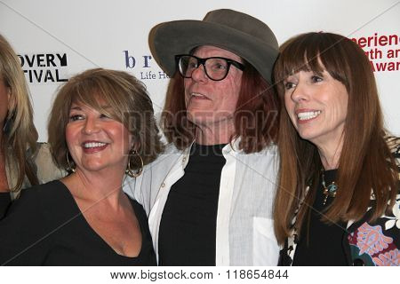 Elizabeth Edwards, Bob Forrest and Mackenzie Phillips arrive at the