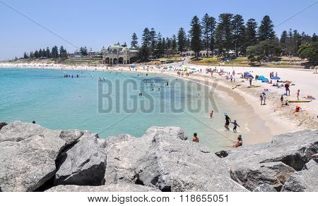 Cottesloe Beach: Summer Break
