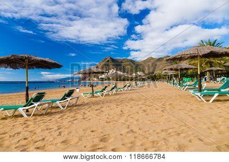 Palapa And Chaise-longue On Playa De Las Teresitas