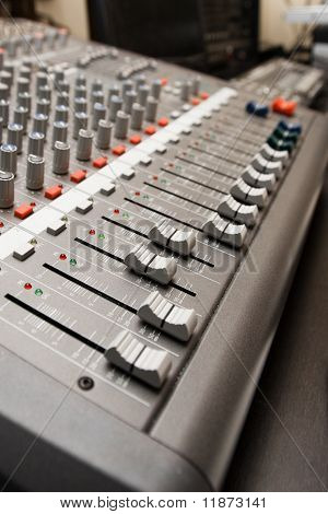 Studio-sound-Mixer-Informationen